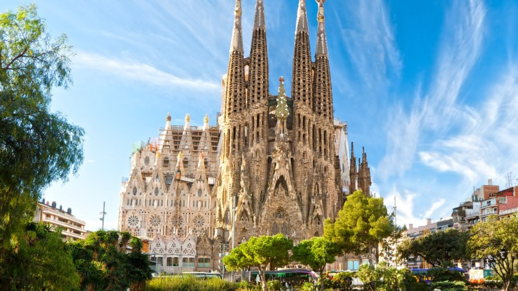 Sagrada-Familia-Barcelona-Spain